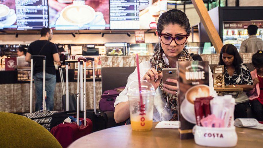 dubai-airports-wifi-e1480926385569-916x515