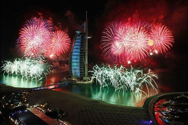 جشن سال نو میلادی 2017 در دبی