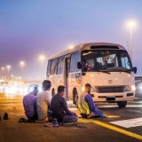 ممنوعیت توقف در حاشیه جاده برای اقامه نماز در دبی