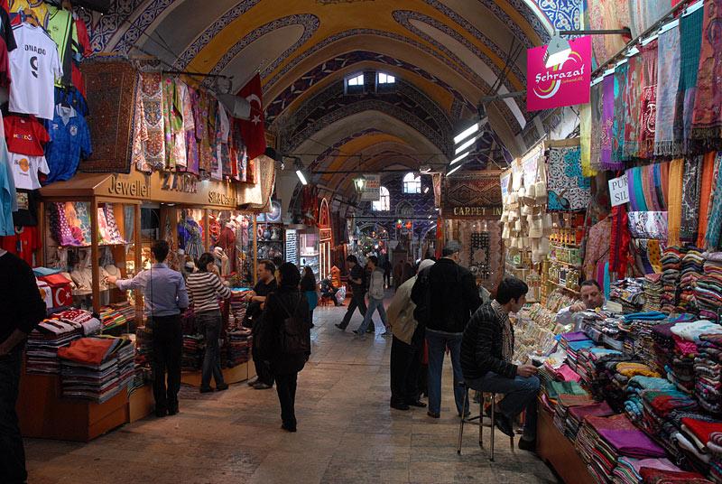 بازار عمده فروشی آکساری استانبول
