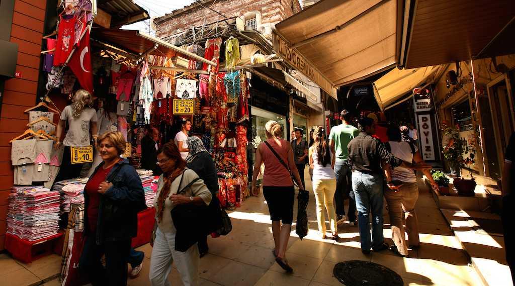 بازار ماحموت پاشا استانبول