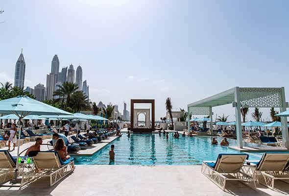 بهترین کلابهای ساحلی و استخرهای دبی