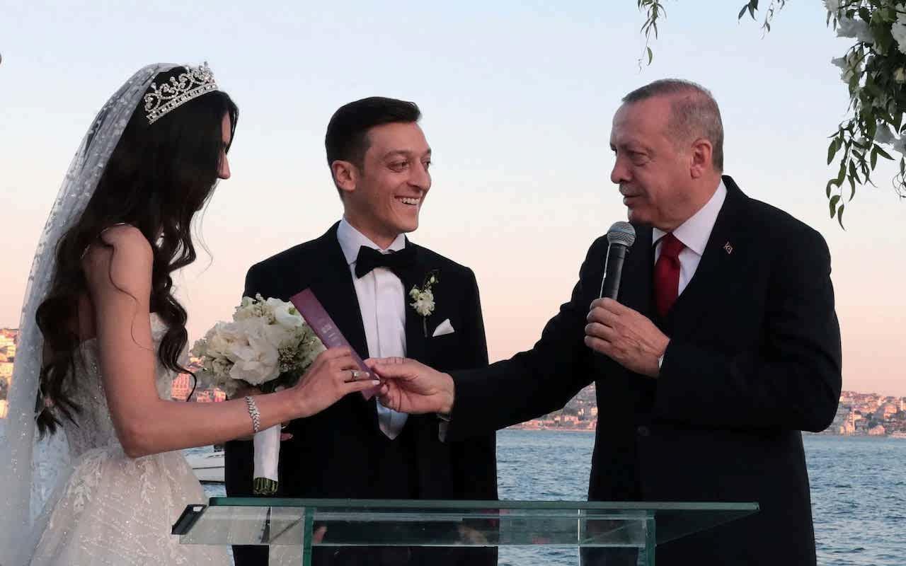 مراسم ازدواج مسعود اوزیل