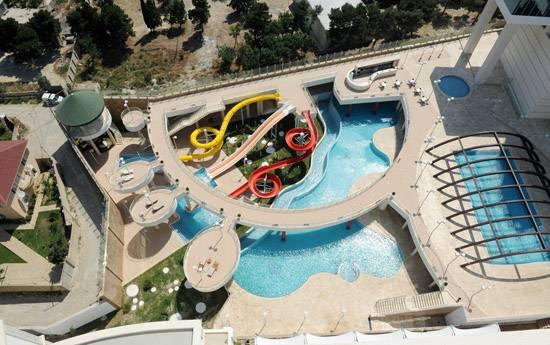 پارک آبی هتل کمپینسکی باکو